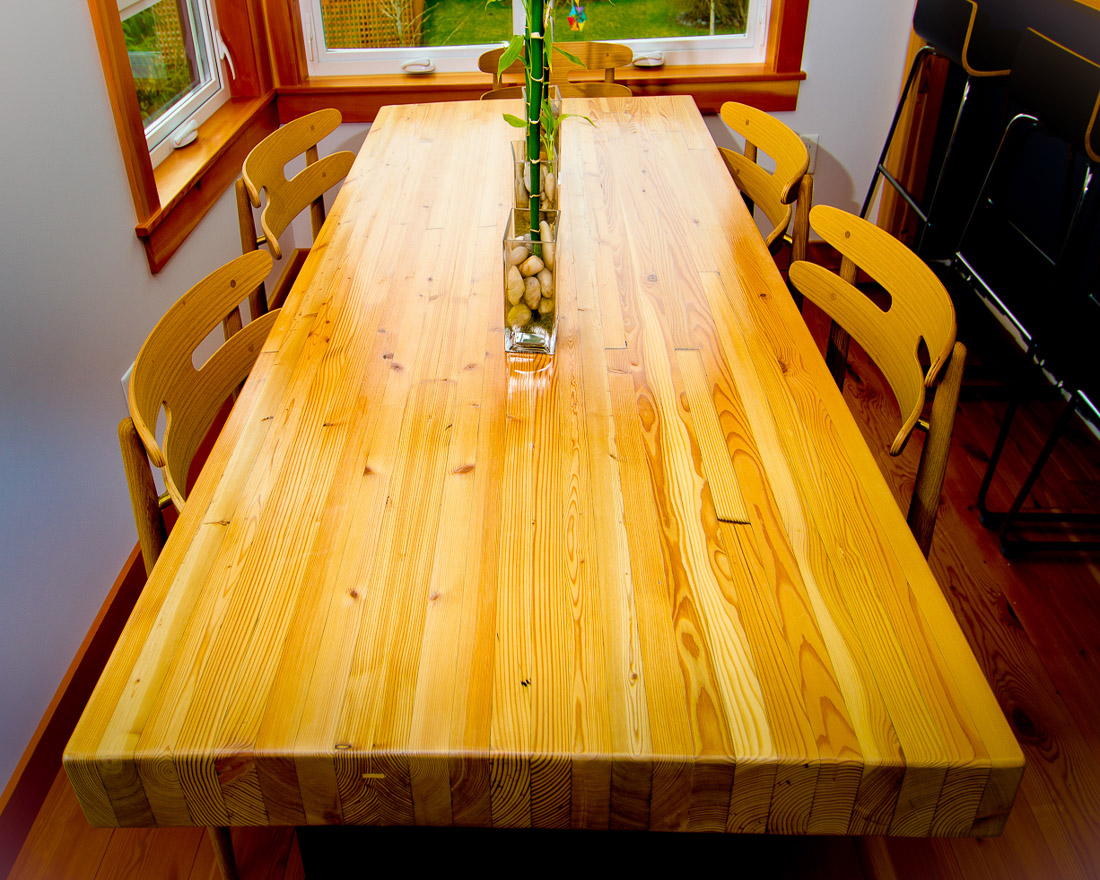 Dining Table and Chairs - long view - custom furniture by Blueline Contracting