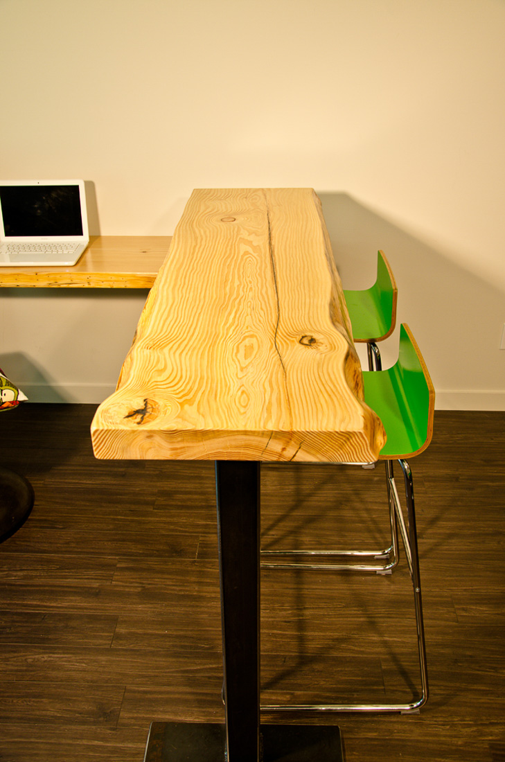 Live Edge desk and bar with chairs - custom furniture by Blueline Contracting
